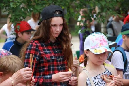 22.06.2016 митинг.Дети и подростки.
